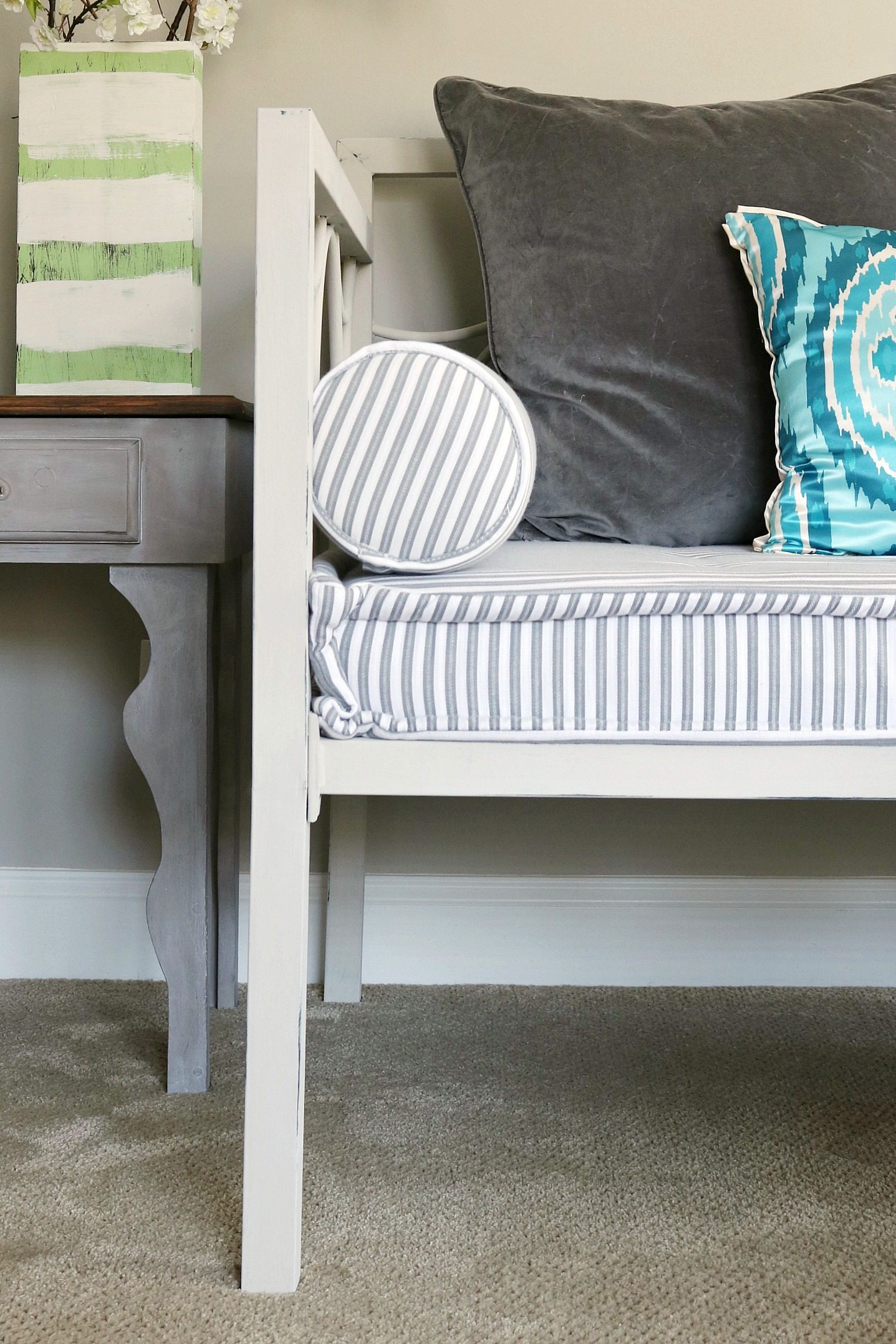 metal-daybed-painted-with-maison-blanche-chalk-paint