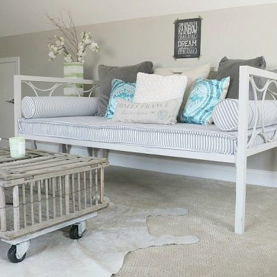 Metal Daybed Makeover
