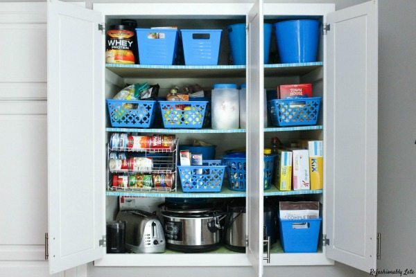 Refashionably Late, Organizing Your Pantry via Refresh Restyle