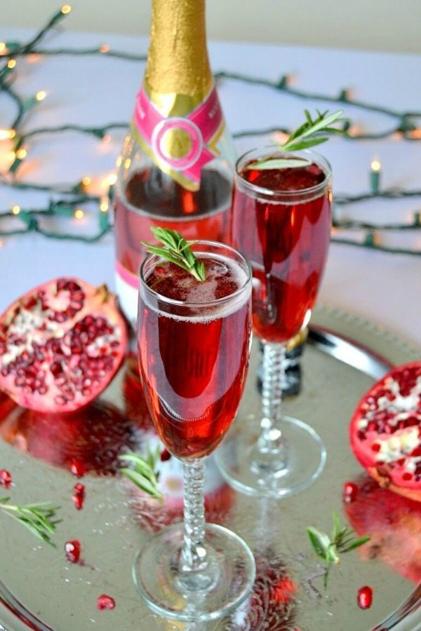 Rosemary and Pomegranate Fizz, Easy Cocktail Recipes via Refresh Restyle