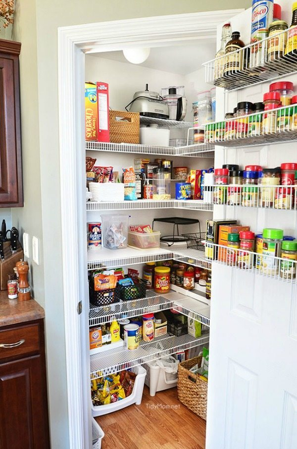 Tidy Mom, Organizing Your Pantry via Refresh Restyle