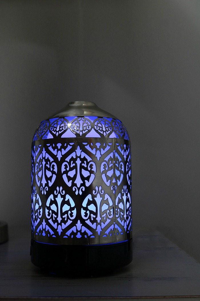 Lavender scent is perfect for the guest room in this pretty essential oil diffuser.