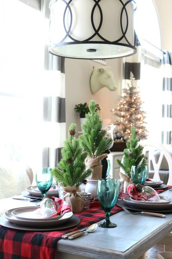 buffalo-check-table-runner-from-hobby-lobby-is-perfect-for-farmhouse-charm
