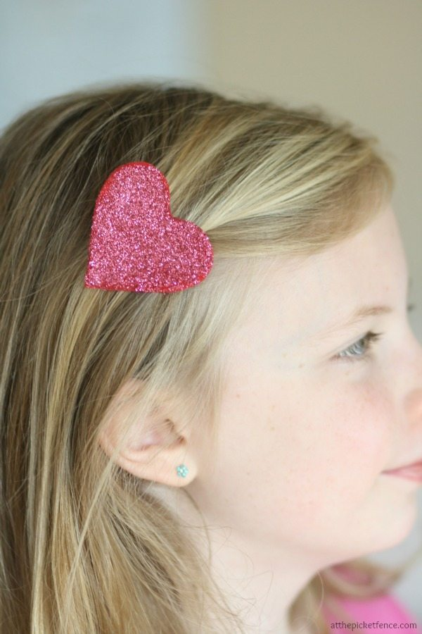 At the Picket Fence, Valentine's Day Accessories, Valentines Gifts and Crafts via Refresh Restyle