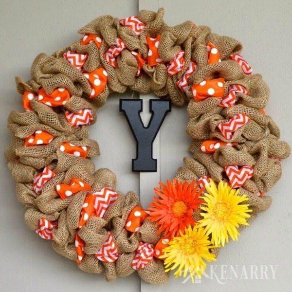 Burlap Wreath via Kenarry, Burlap Decor Ideas via Refresh Restyle