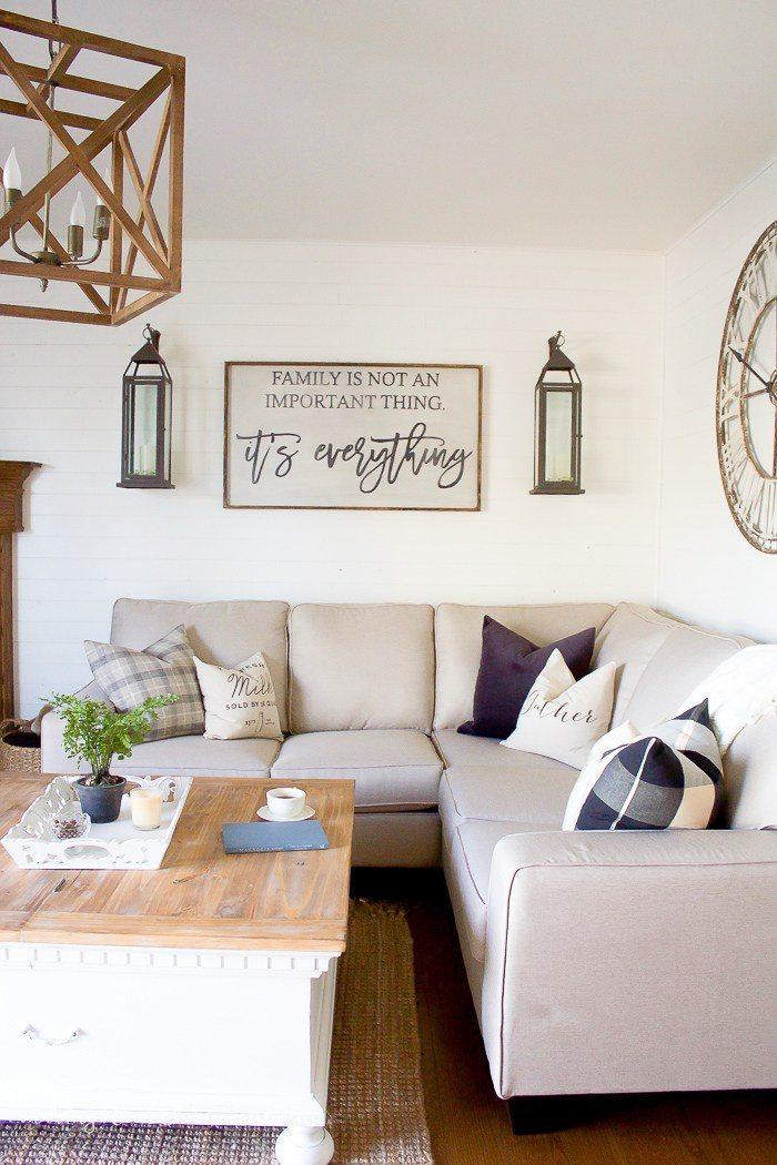 Farmhouse-Style-Family-Room-6