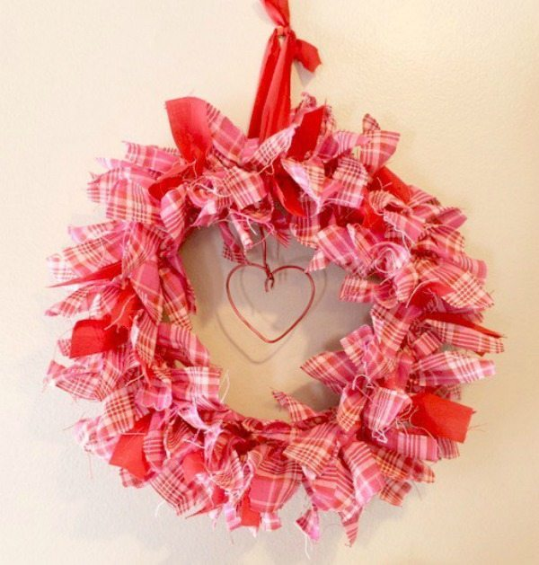 Intelligent Domestications, Valentines Wreaths and Door Decor via Refresh Restyle