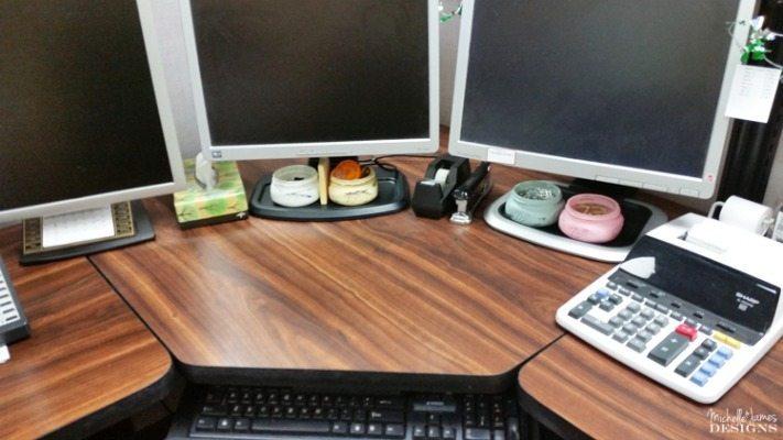 Michelle James Designs Mason Jar Desk Accessories, Mason Jar Organizing Ideas via Refresh Restyle
