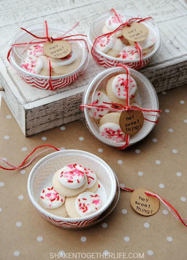 Valentine Cookie Gifts via Shaken Together Life, Valentines Gifts and Crafts via Refresh Restyle
