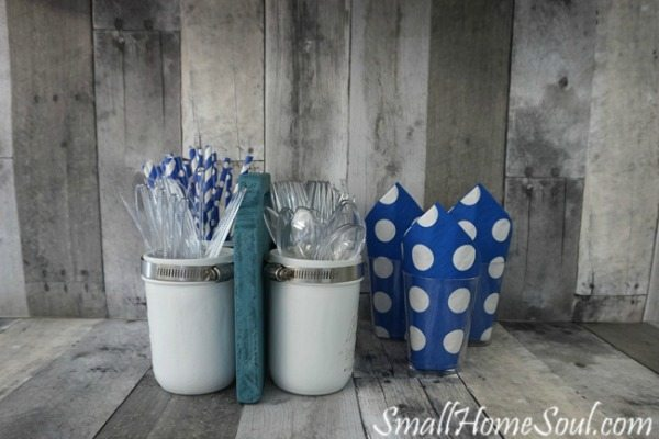 Small Home Soul Mason Jar Utensil Caddy, Mason Jar Organizing Ideas via Refresh Restyle