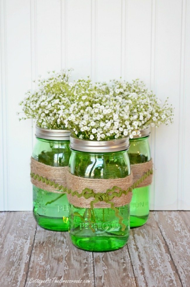 Cottage at the Crossroads, Spring Centerpieces via Refresh Restyle