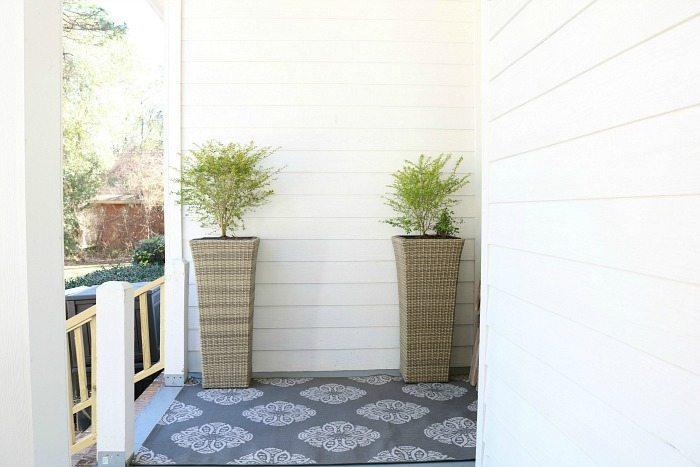 Farmhouse porch refresh breakfast area