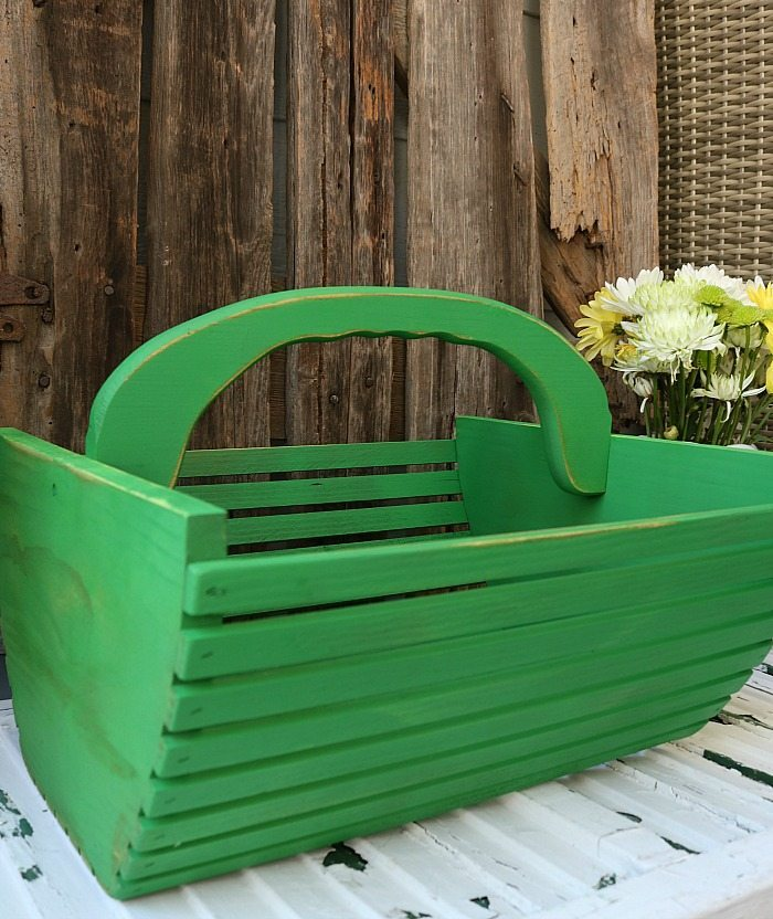 Farmhouse tote in leaf green spray chalky paint