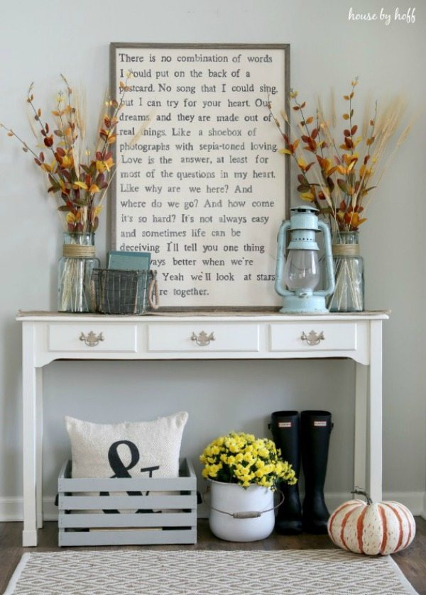 House by Hoff, DIY Farmhouse Signs via Refresh Restyle