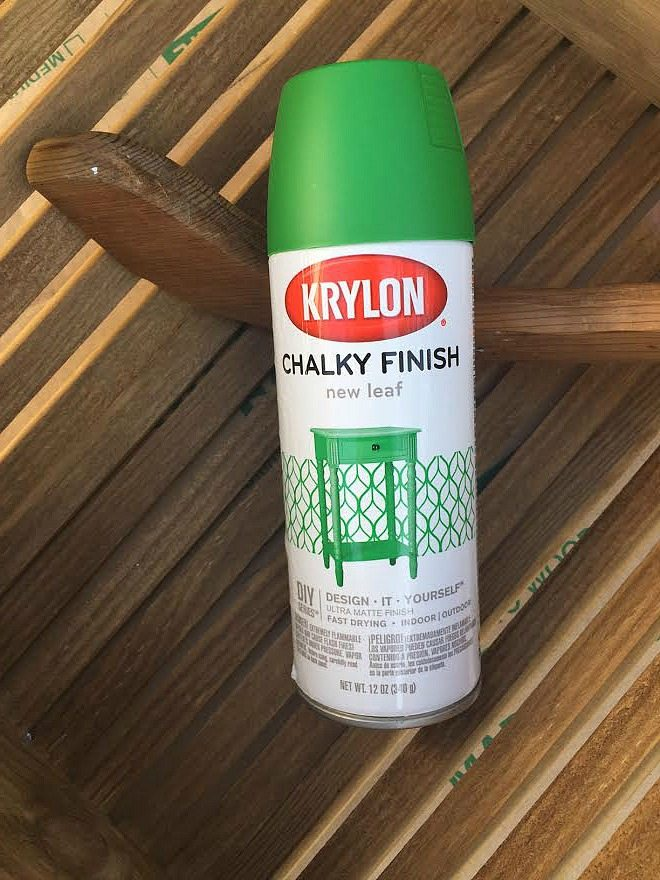 Krylon chalky spray paint loving the farmhouse green