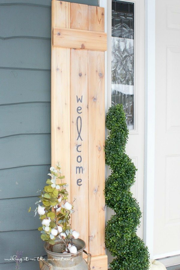 Making it in the Mountains, DIY Farmhouse Signs via Refresh restyle