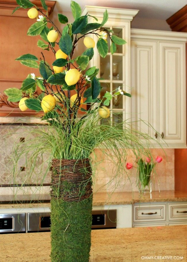 Oh My Creative, Spring Centerpieces via Refresh Restyle