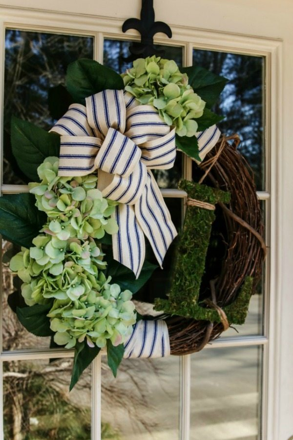 Our Southern Home, Spring Wreaths and Door Decor via Refresh Restyle