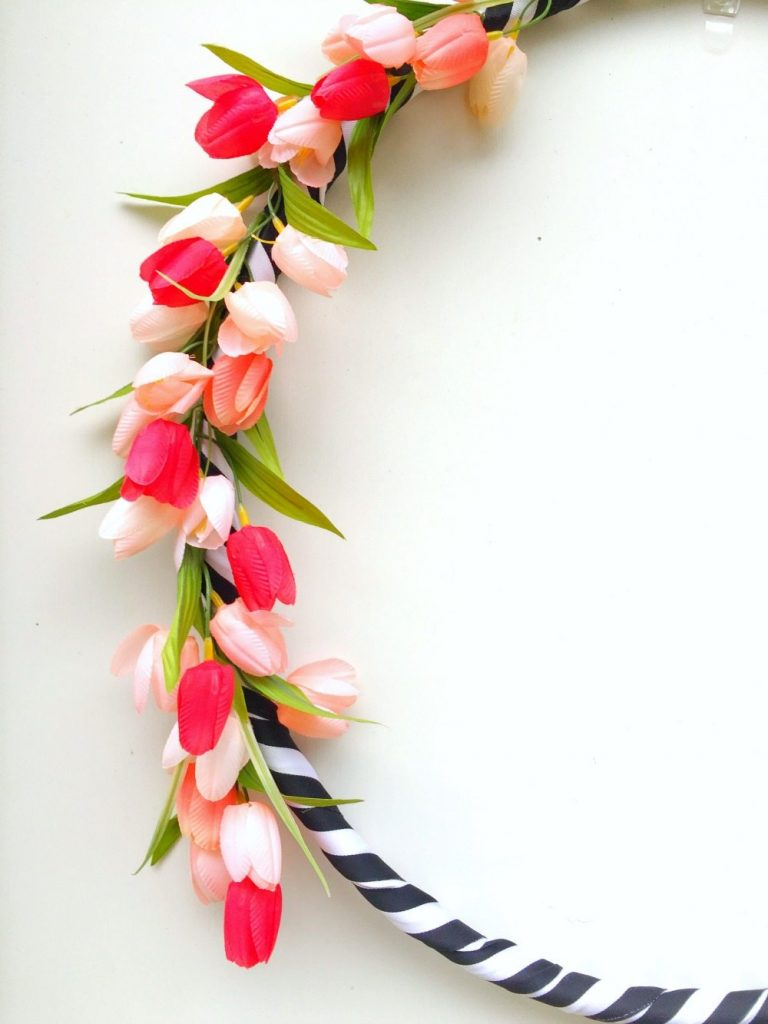 Pink tulips and a hula hoop for a spring wreath