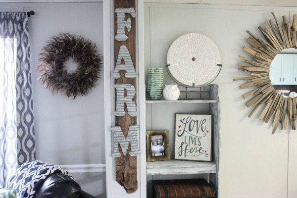 Re Fabbed, DIY Farmhouse Signs via Refresh Restyle