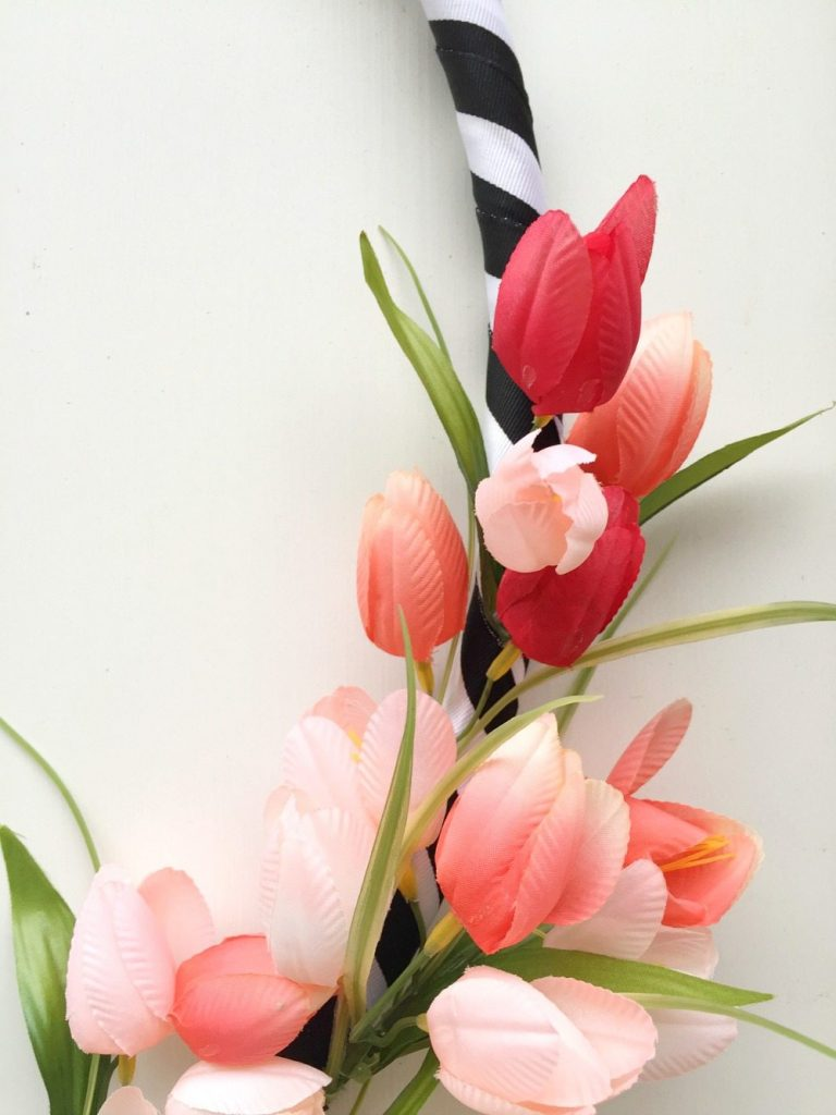 Tulips make the perfect spring wreath