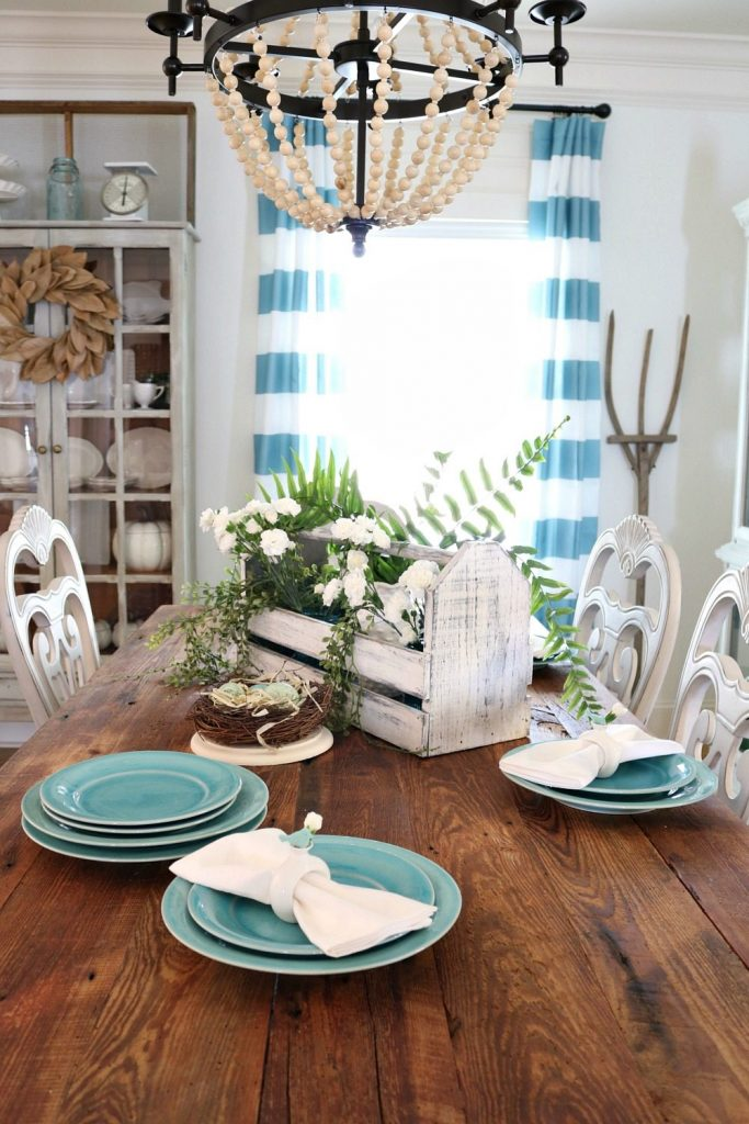 Aquas and turquoise fresh colors for spring at Refresh Restyle