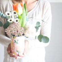 how-you-can-create-gorgeous-diy-flower-arrangements