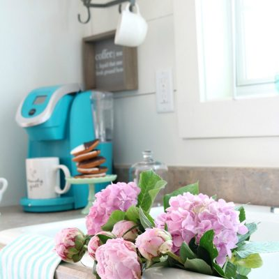 Summer blooms of hydrangeas and peonies add a fresh look to any space