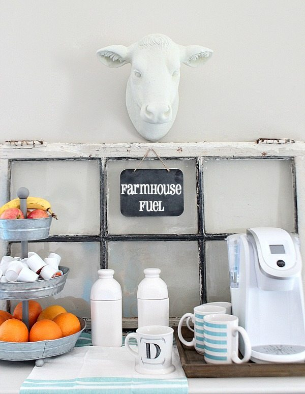 No-cost-decorating-idea-for-a-farmhouse-inspired-coffee-bar.-No-spend-decor