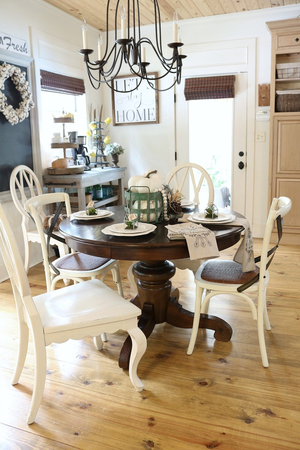 Pine floors and ceiling in the breakfast eating area at Refresh Restyle