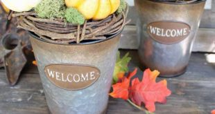 fall-decor-buckets