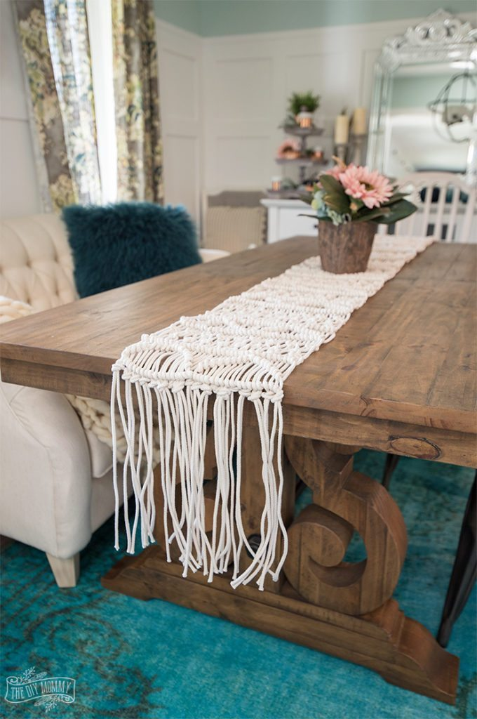 Anthropologie-Inspired-Macrame-Table-Runner-Tutorial-680x1024