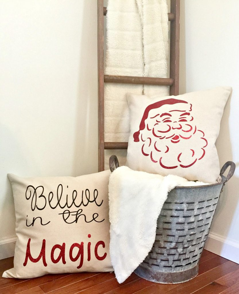 Christmas pillows with glitter vinyl at Refresh Restyle