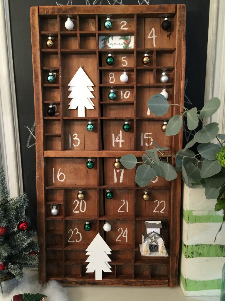 Chalked numbers for this farmhouse advent calendar at Refresh Restyle