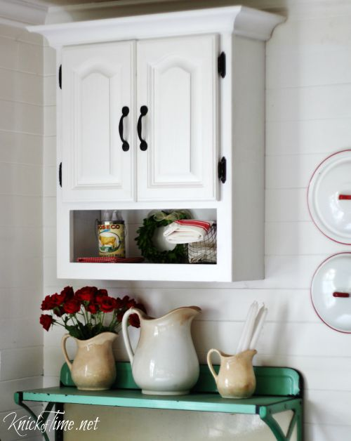 white-farmhouse-cabinet-KnickofTime.net_
