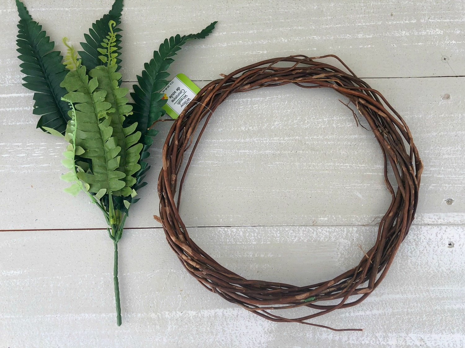 Make this fern wreath