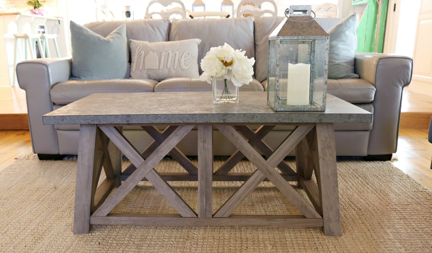 Farmhouse style coffee table - perfect for any living room.