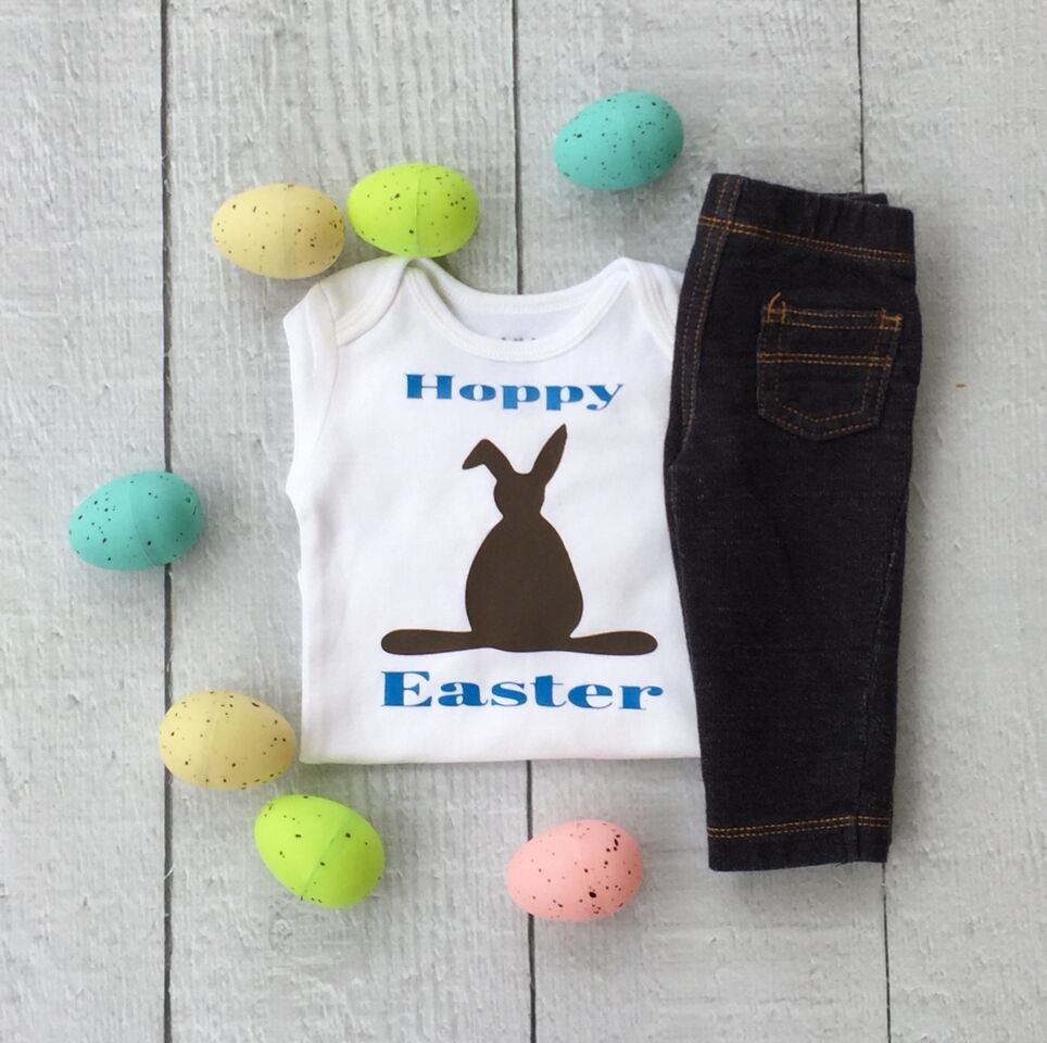 Cute chocolate bunny idea - Vinyl project with Cricut create this cute t-shirt for Easter