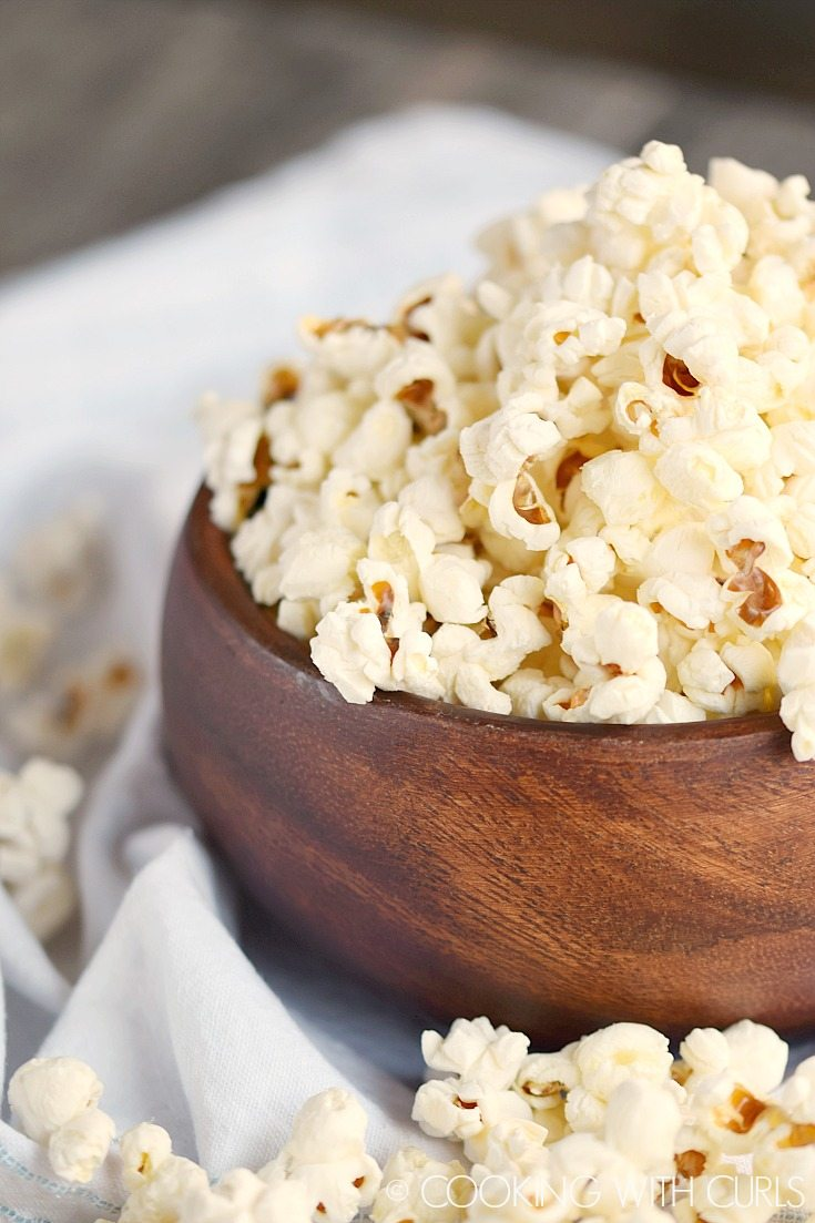 Instant-Pot-Popcorn-©-COOKING-WITH-CURLS