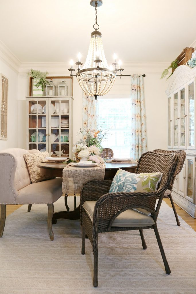 Wicker chairs for dining room