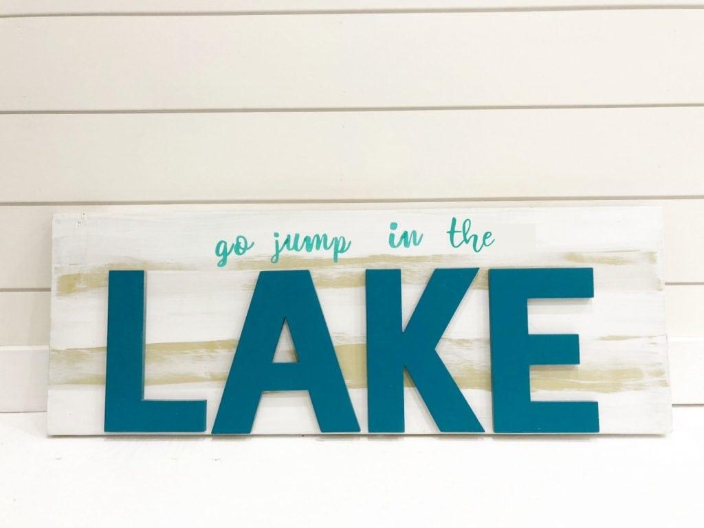 Lake sign easy to make
