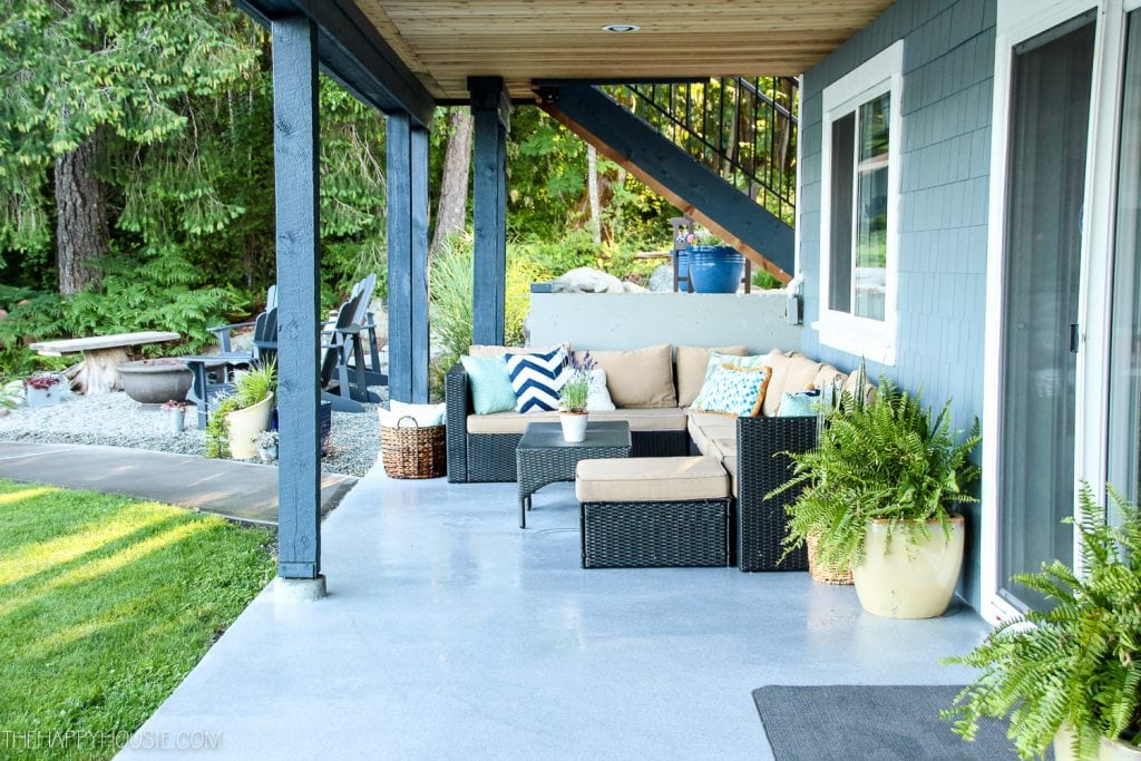 Lakefront-Summer-Patio-and-Fire-Pit-Makeover-Reveal-18