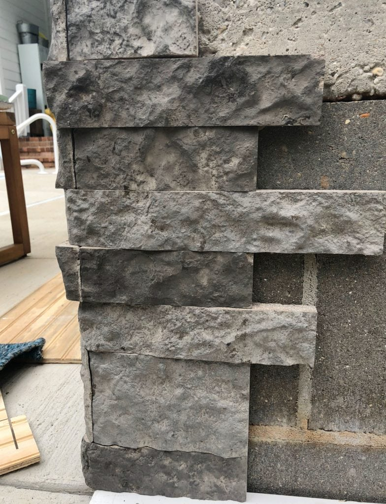 Start stacking Airstone on the corner