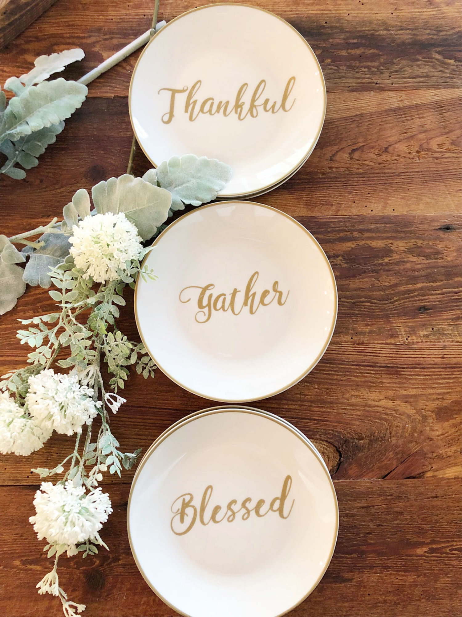 appetizer plates - farmhouse dining room ideas
