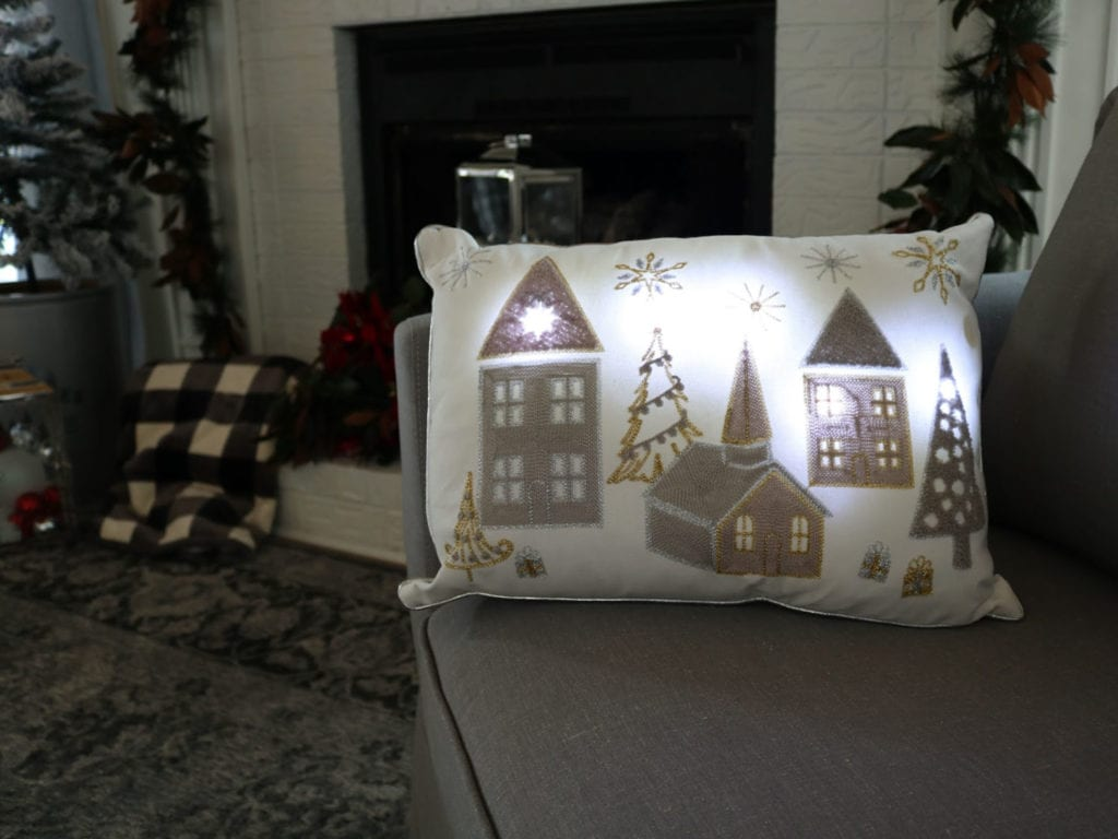 BHG Holiday Pillow led lights