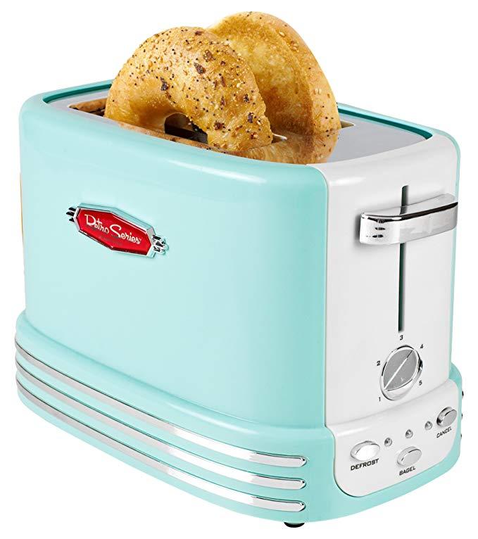 Retro turquoise toaster