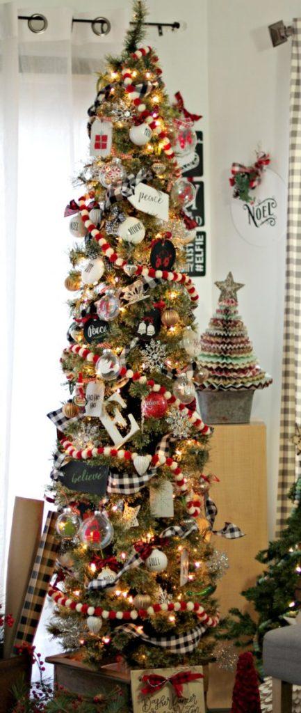 Pin-Pencil-Christmas-Tree