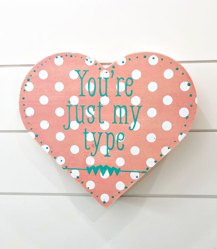 DIY Valentines heart idea using Chalk Couture Chalkology Paste and Transfers