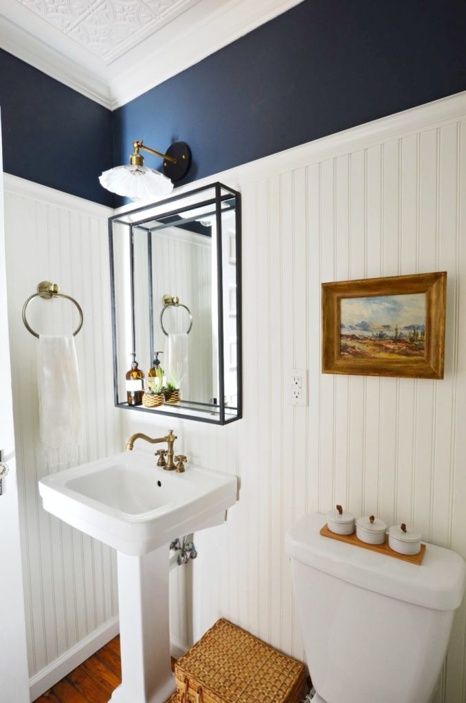 Navy-and-white-vintage-modern-powder-room-1