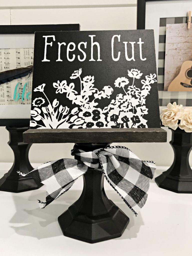 pedestal DIY - DIY Pedestal frames from Dollar Store items